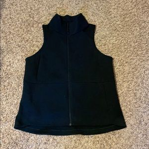 Lululemon vest. Size 10. Like new